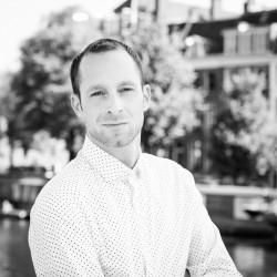 Thom van Houten